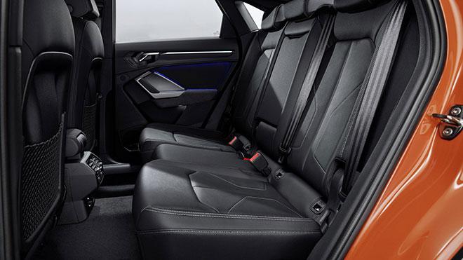 Audiq3sportback12