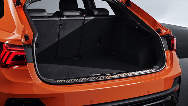 Audiq3sportback15