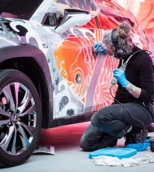 Lexus dövmeli UX (5)