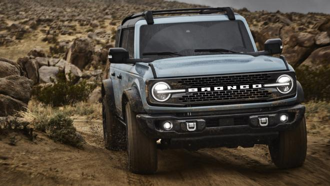 2021-ford-bronco-3