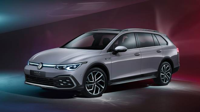 2021-volkswagen-golf-4