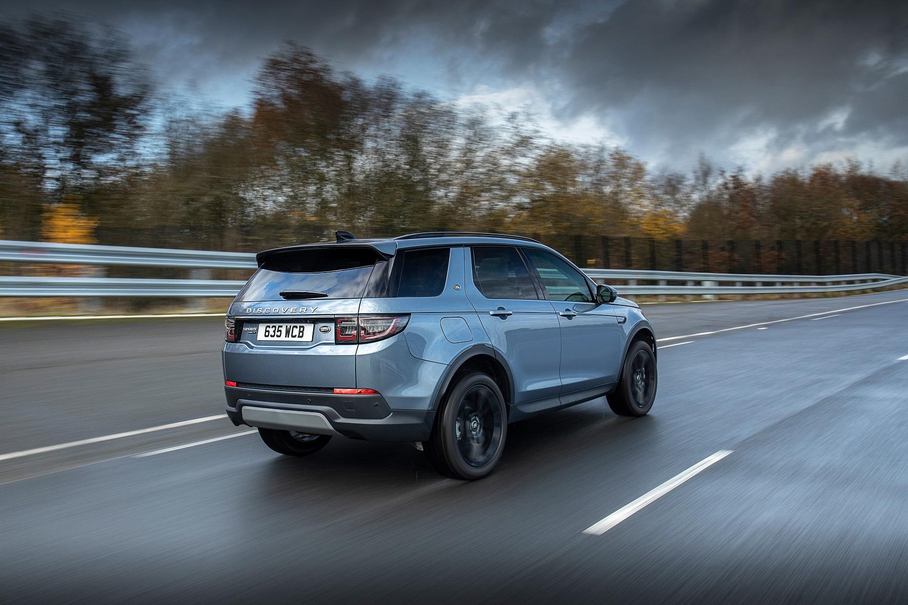 Yeni Discovery Sport Plug-In Hybrid Arka