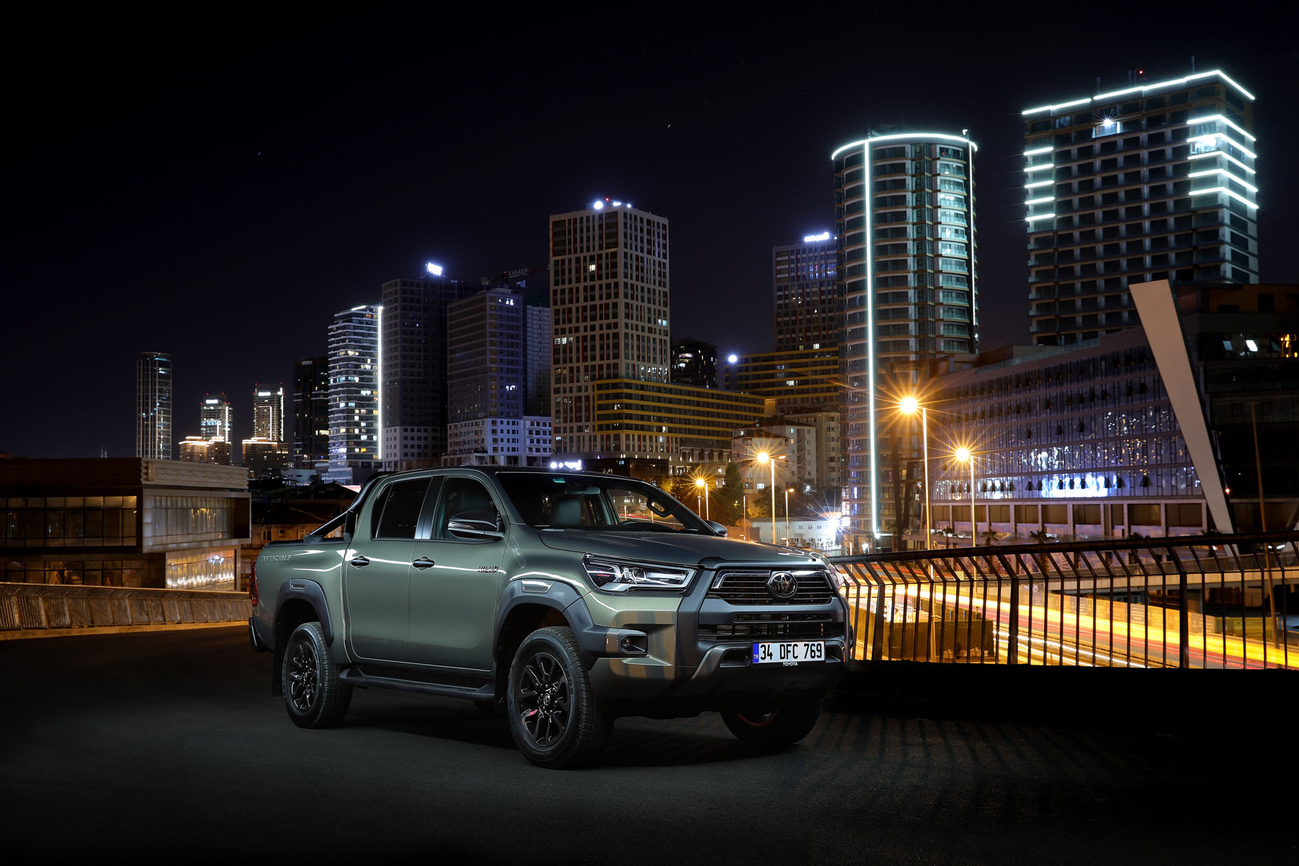 Yeni Toyota Hilux (1)