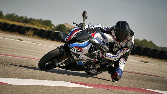 karsinizda-ilk-m-serisi-yaris-motosikleti-bmw-m1000rr-12