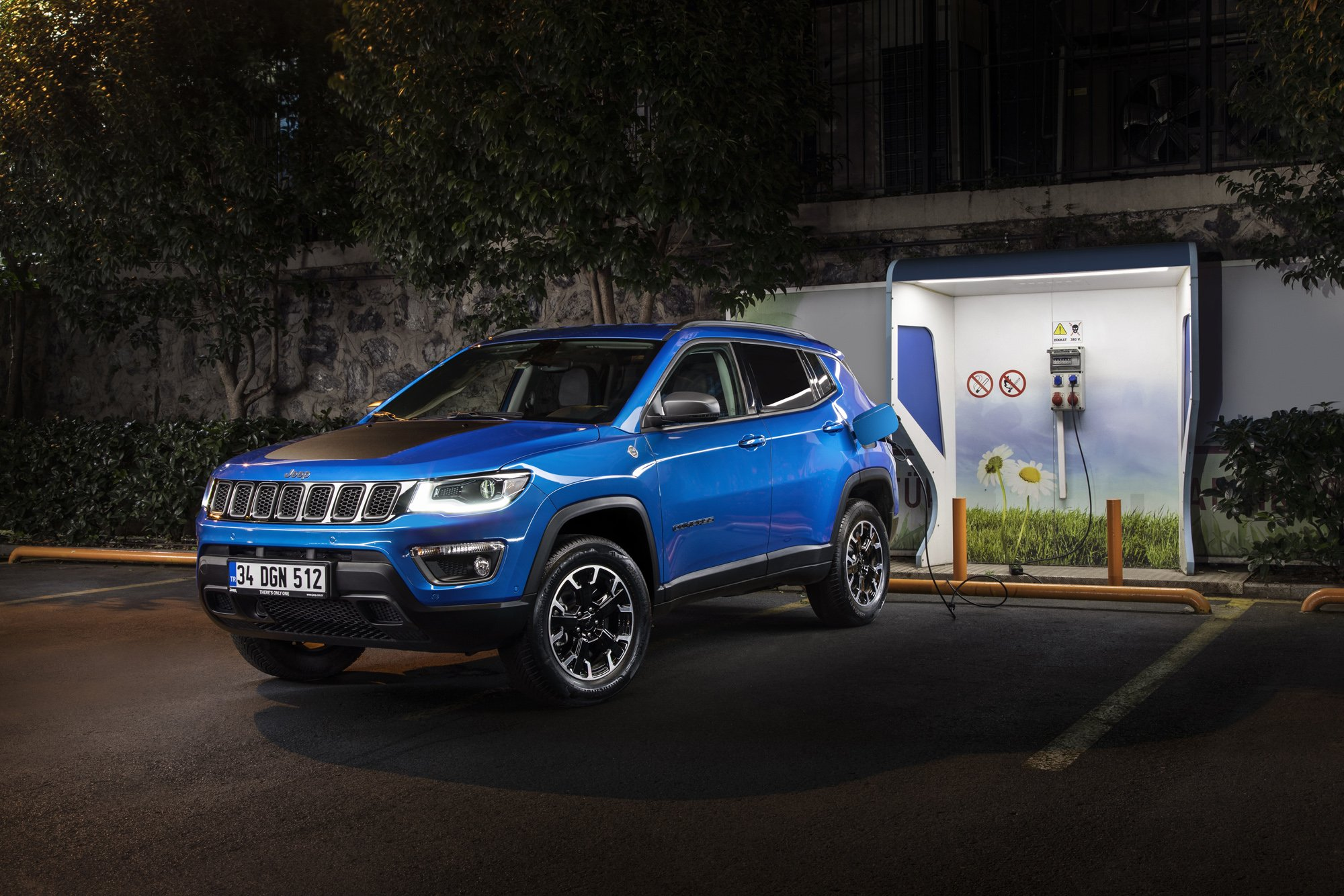 Jeep Compass 4xe-3