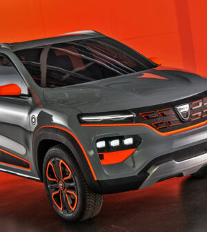 VIDEO-New-images-with-the-first-electric-model-Dacia-Spring