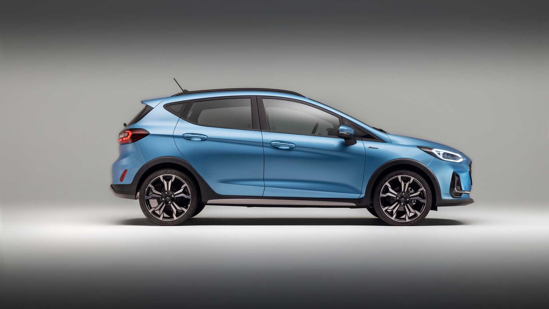 ford-fiesta-active-2022-2